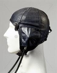 Leather flying helmet  type 6F/162  c WWII.