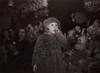 Children at Christmas  16 December 1938.