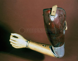 Artificial arm  1937.