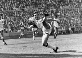 Bryan Robson  British footballer  Bilbao  1982.