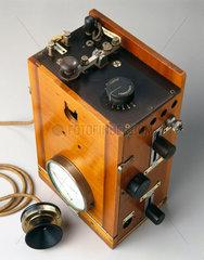 Aircraft radio telephony transmitter  1915.