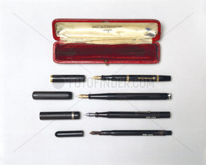 Four fountain pens with case  1896-1940.