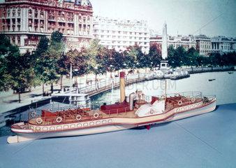 Thames passenger steamer  1904.