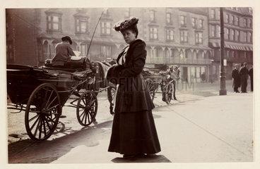 'Mrs Davison  March 1906'.