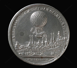 Medal commemorating the balloon ascent of Blanchard  Germany  1787.