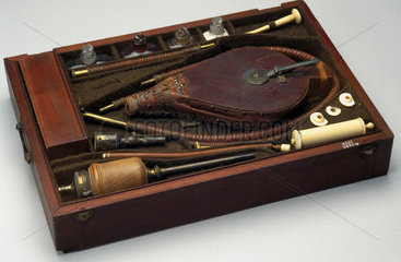 Resuscitator kit  English  1774.
