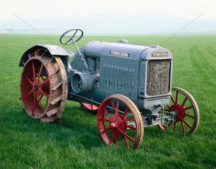 International Harvester 10/20 tractor  1925.