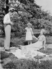 Family picnic  1957.