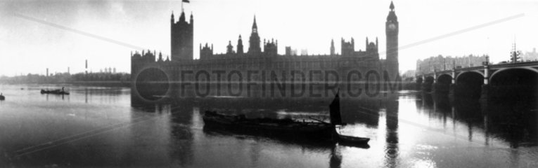 Panoramic view of the Houses of Parliament