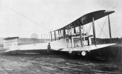 Vickers Vimy  Brooklands  Surret  1919. Alc