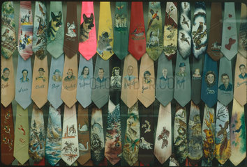 Souvenir Ties  Nashvillle  1971-1972.