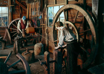 Great wheel lathe.