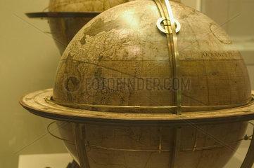 (Globe - George III?)  Science Museum  London  2007.