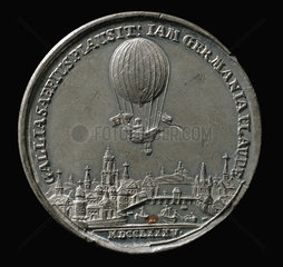 Medal commemorating the balloon ascent of Blanchard  Germany  1785.