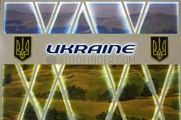 Schoenefeld  Deutschland  Schriftzug Ukraine auf der ILA 2016