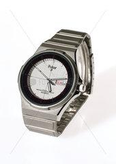 'No battery' quartz analogue wristwatch  1984.
