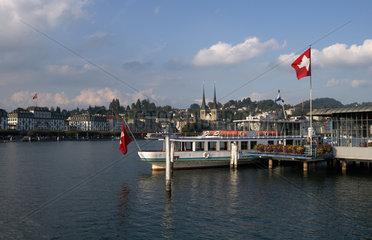 Luzern  Schweiz  Stadtansicht von Luzern am Vierwaldstaetter See