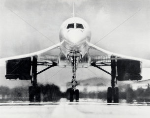Concorde on the runway  4 February 1977.