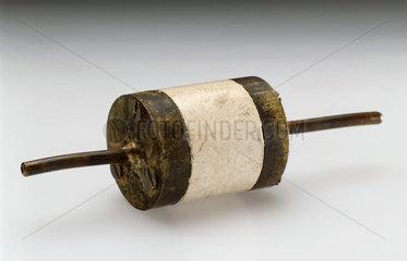 Electron capture detector for a gas chromatograph  1960.