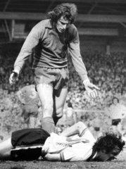 Goalkeeper Ray Clemence apologises to Joe Jordan  April 1979.