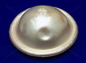 Contraceptive diaphragm  2000.