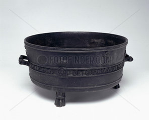 Bronze Exchequer Standard Winchester Bushel measure  1601.