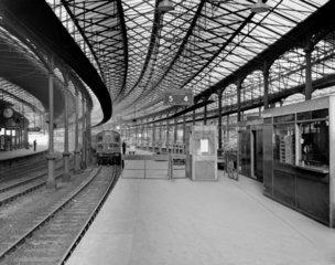 Platforms 4 and 5  Euston Station  16 Febru