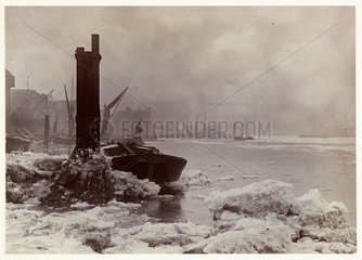 The Thames in winter  1894.