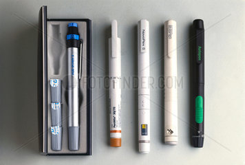 Group of insulin delivery devices  1985-1993.