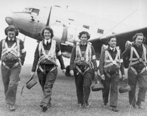Royal Air Force para-nurses at Upper Heyfor