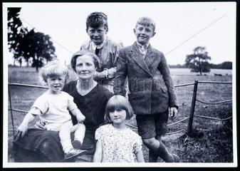 Arthur C Clarke with family group  c 1929.