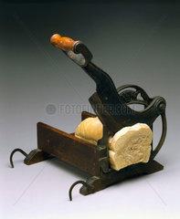 'Raadvad' hand-operated bread slicer  1880-1900.