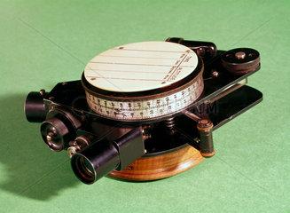 Mark V RAE aeronautical bubble-sextant  1926-1939.