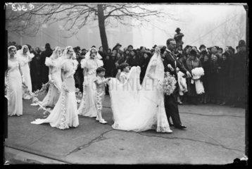 Wedding group  1933.