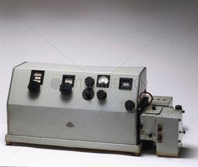 Unicam SP 500 spectrophometer  c 1949.