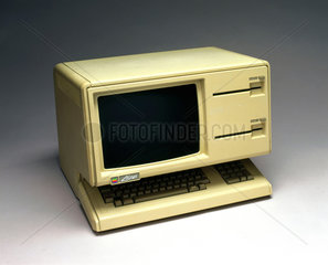 Apple Lisa Personal Computer System  1984.