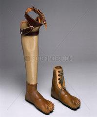 Artificial leg with Jaipur artificial foot  1982.