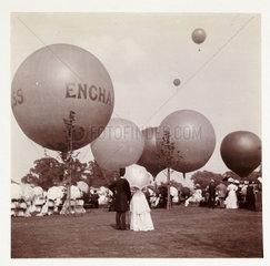 Balloons  1908.
