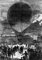 Night ballooning  Paris  1870.