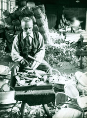 'Making Trugs - Herstmonceux'  c 1910-1915.