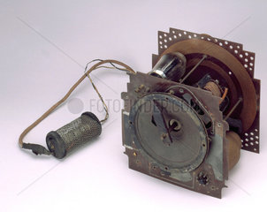 Six-stage superheterodyne receiver processed on the ECME system  c 1940s.