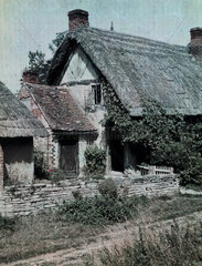 'Welford-on-Avon'  c 1910-1915.