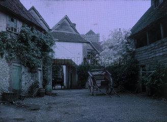 'Yard of George Hotel  Dorchester  Oxfordshire'  c 1910-1915.