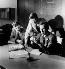 Mullard scientists hold a conference  research laboratories  Salfords  1955.