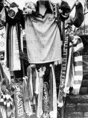 Fans' tributes  Hillsborough  April 1989.