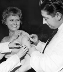 Smallpox vaccination at Manchester Town Hall  January 1962.