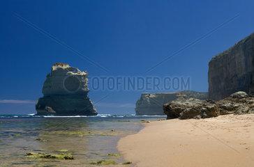 Princetown  Australien  der markante Felsen MaGog bei den Gibsons Steps