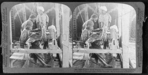 Shawl-weavers  Cashmere  India  c 1903. 'Hu