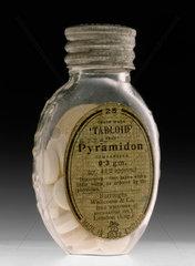 Bottle of 'Tabloid' Pyramidon tablets  1915-1940.