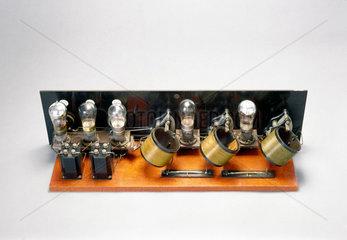 FADA Neutrodyne wireless receiver kit  1925.